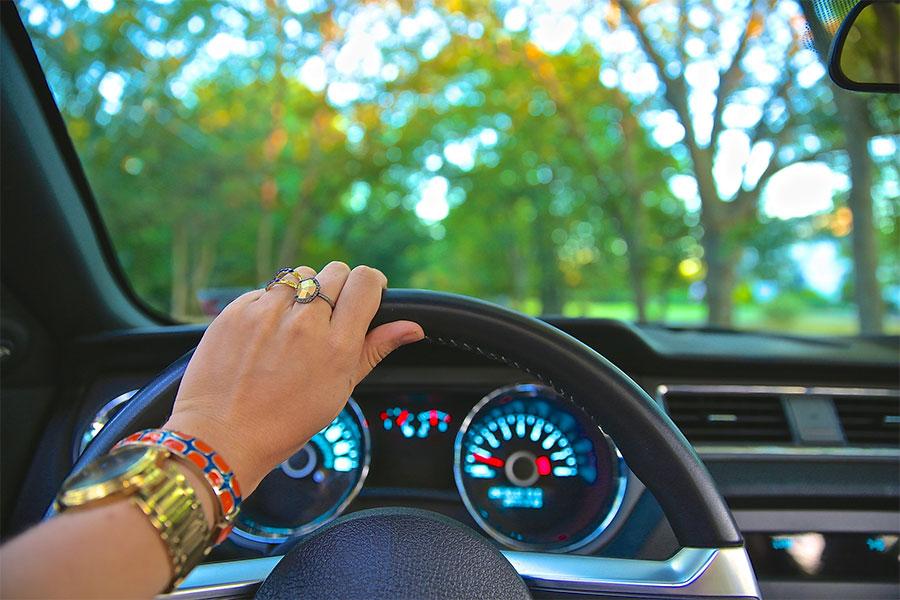 Claves para reducir la contaminación cuando conducimos