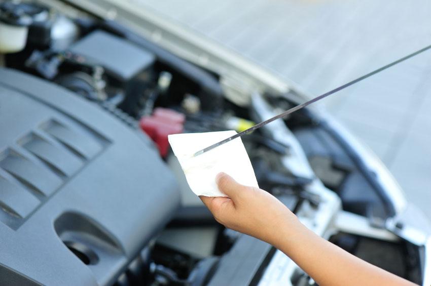 ¿Por qué es importante utilizar un buen aceite en su vehículo?
