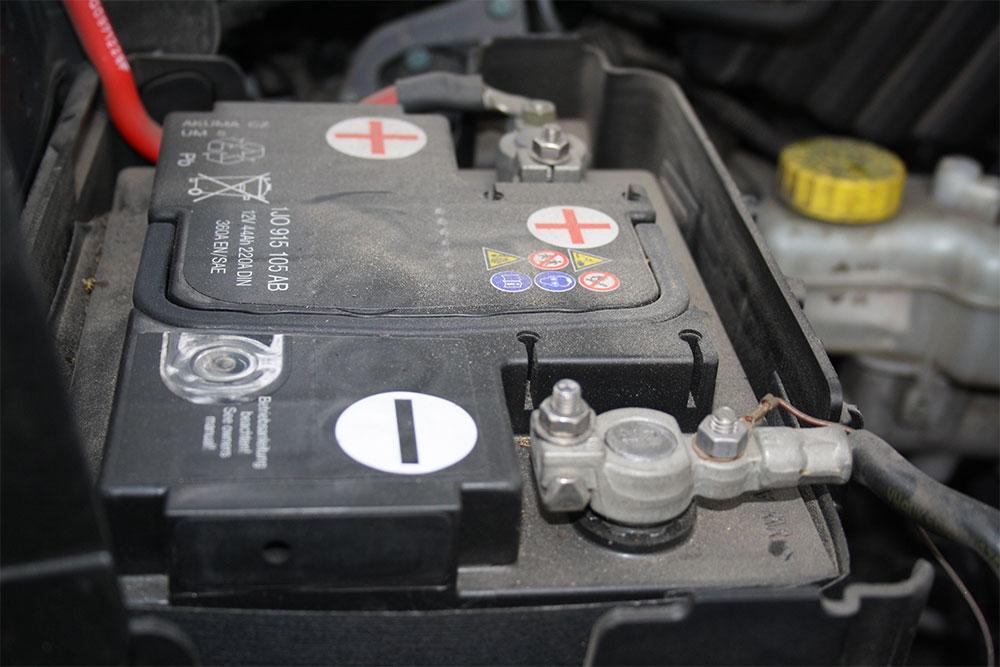 ¿Qué debemos tener en cuenta a la hora de elegir la batería del coche?